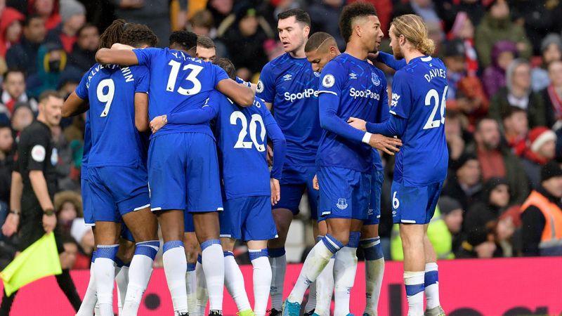 Leikmenn Everton fagna marki gegn Man United